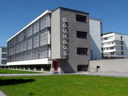 In the Spotlight – Bauhaus time